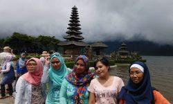 paket Bali tour Pura Ulun Danu Beratan